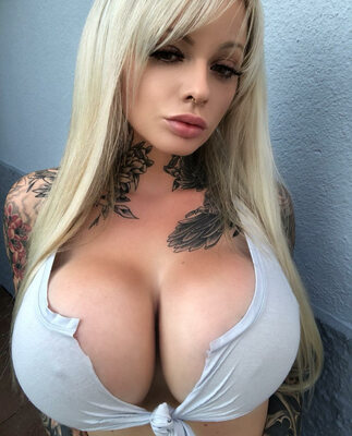 Picture tagged with: Blonde, Busty, Kelly Pearl, Boobs, Tattoo