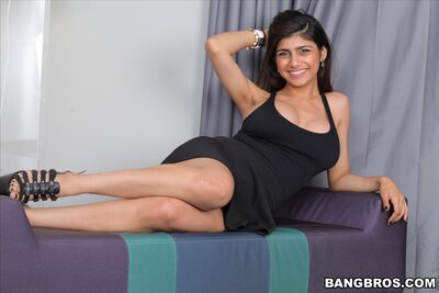 Picture tagged with: Busty, Brunette, Boobs, Mia Khalifa - Mia Callista