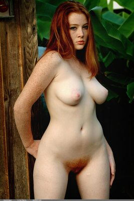 Picture tagged with: Busty, Redhead, Hairy