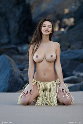 Picture tagged with: Femjoy, Brunette, Beach, Boobs