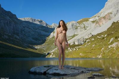 Picture tagged with: Alpine Goddess, Busty, Femjoy, Susann