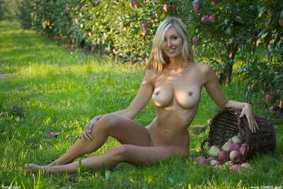 Picture tagged with: Femjoy, Busty, Blonde, Corinna, Forbidden Fruits