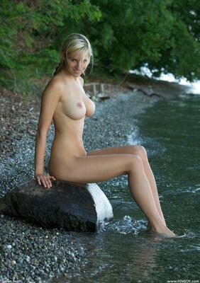 Picture tagged with: Femjoy, Busty, Blonde, Corinna, Happiness