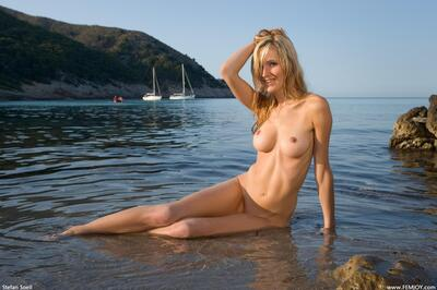 Picture tagged with: Femjoy, Busty, Blonde, Corinna, Perfect waves
