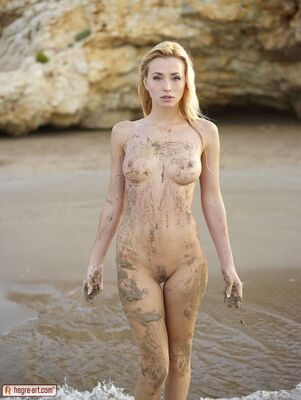 Picture tagged with: Skinny, Blonde, Hegre Art, Beach, Boobs