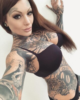 Picture tagged with: Lingerie, Tattoo