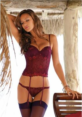 Picture tagged with: Lingerie