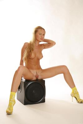 Picture tagged with: Blonde, Giallo, MET Art, Sonya C