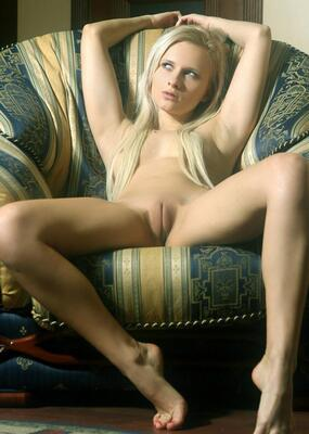 Picture tagged with: MET Art, Blonde, Pussy