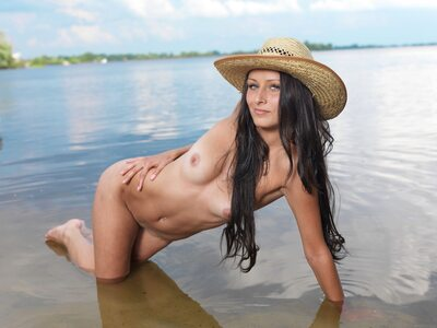 Picture tagged with: Brunette, MET Art, Mosoe, Yarina A, Nature