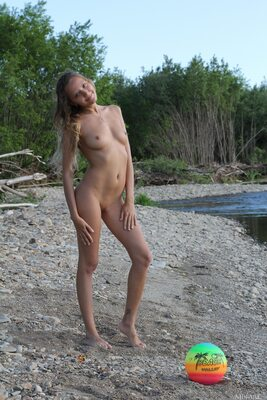 Picture tagged with: Skinny, Blonde, Katya Clover - Mango A, MET Art, Toxo, Nature