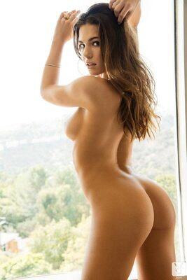 Picture tagged with: Playboy, Brunette, Ass - Butt