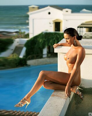 Picture tagged with: Brunette, Playboy, Dasha Astafieva