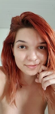 Picture tagged with: Camgirl, Chaturbate, Jessy loollypop, Redhead, nood.tv