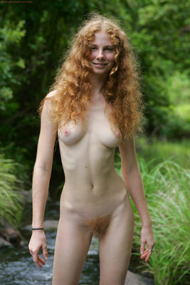 Picture tagged with: Redhead, Hairy