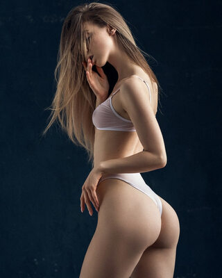 Picture tagged with: Skinny, Anna Tsaralunga, Blonde, Lingerie