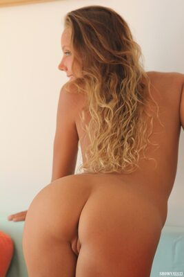 Picture tagged with: Skinny, Blonde, Katya Clover - Mango A, Ruddy Pie, Showy Beauty, Ass - Butt