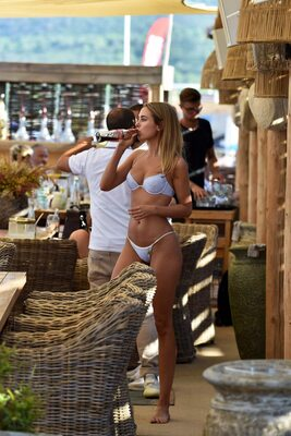 Picture tagged with: Skinny, Blonde, Kimberley Garner, Bikini, Celebrity - Star