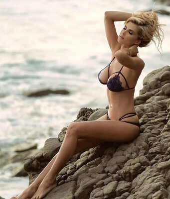 Picture tagged with: Skinny, Blonde, Bikini, Leanna Bartlett, Tummy