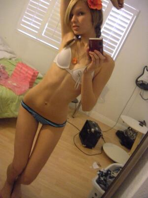 Picture tagged with: Skinny, Blonde, Lingerie, Selfie
