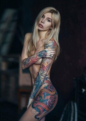 Picture tagged with: Skinny, Blonde, Tattoo
