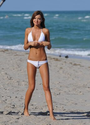 Picture tagged with: Skinny, Brunette, Miranda Kerr, Beach, Bikini