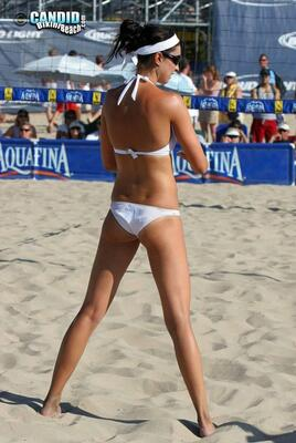 Picture tagged with: Skinny, Brunette, Beach, Sport, Volley