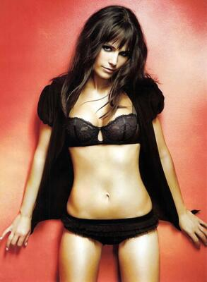 Picture tagged with: Skinny, Brunette, Celebrity - Star, Jordana Brewster, Lingerie, Tummy