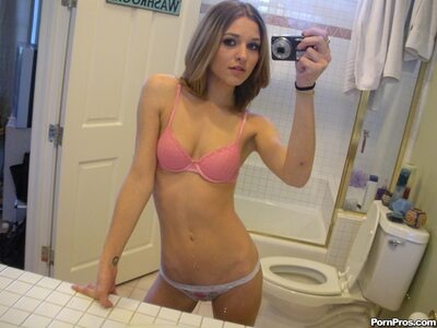 Picture tagged with: Skinny, Brunette, Kasey Chase, Lingerie, Selfie, Small Tits, Tummy