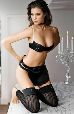 Picture tagged with: Skinny, Brunette, Lingerie