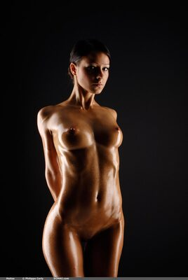 Picture tagged with: Skinny, Brunette, Melisa, Oiled