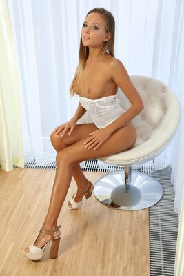 Picture tagged with: Blonde, Katya Clover - Mango A, Watch4Beauty, White Chair