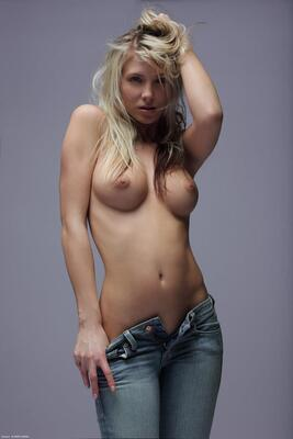 Picture tagged with: Blonde, Nicole, Unzipped, X-Art